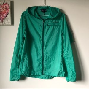 Patagonia Houdini lightweight packable jacket Sz M